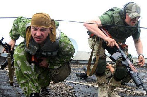 Разведка: на Донбасс переброшены вражеские снайпера