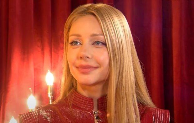 Тина Кароль в дерзком образе на съемках шоу затмила Олю Полякову