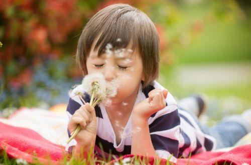 Когда в украинских школах начнутся весенние каникулы: подробности