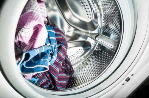 Названо время, на которое можно оставить мокрое белье в стиралке
