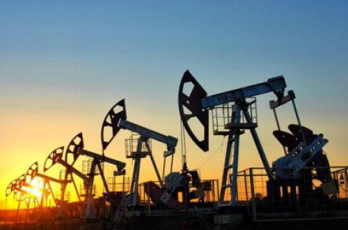 Цены на нефть снизились на фоне локдаунов в Европе