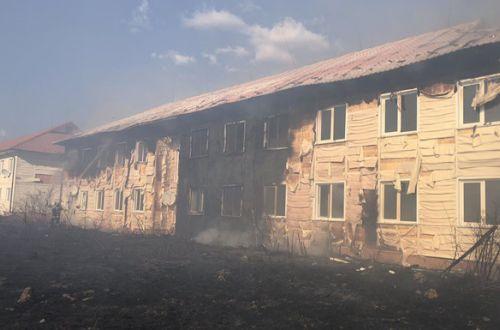 Масштабный пожар на Закарпатье уничтожил два многоквартирных дома