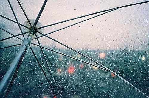 Холодно и пасмурно с затяжными дождями: погода в Украине кардинально испортится