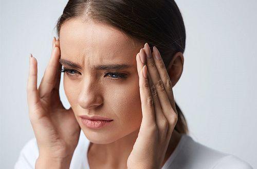 Работающие заговоры и шепотки от головной боли
