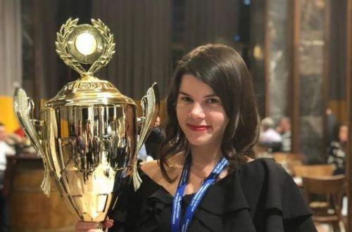 Подозревают жульничество: украинку лишили титула чемпионки мира по шахматам. ВИДЕО