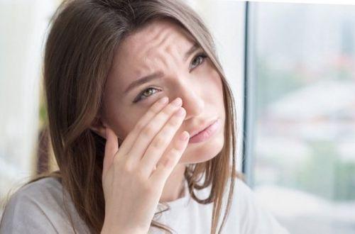 Как избежать отеков после сна: простой способ
