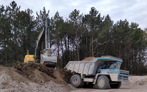 На Хмельнитчине пресекли незаконную добычу полезных ископаемых