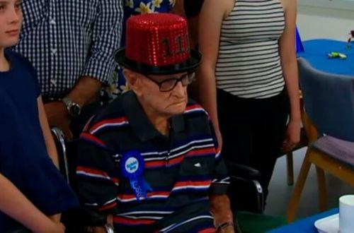 Помогли куры: мужчина дожил до 111 лет и поделился секретом