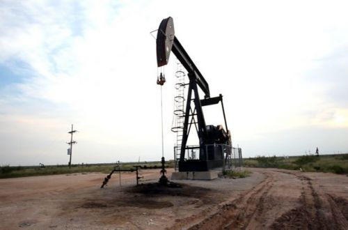 Цена нефти Brent превысила 70 долларов впервые за два месяца