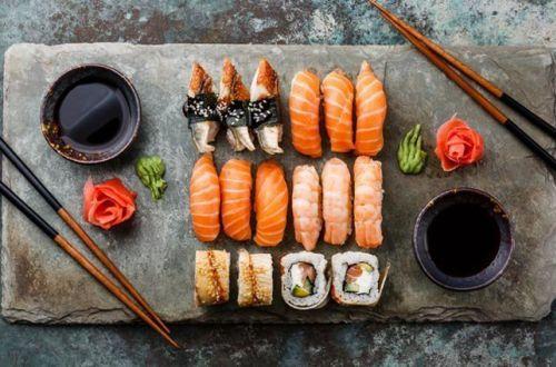 Названы полезные свойства суши и японской еды