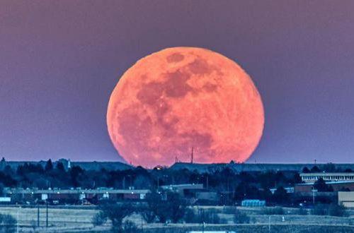 Самая опасная ночь весны: как пережить лунное затмение