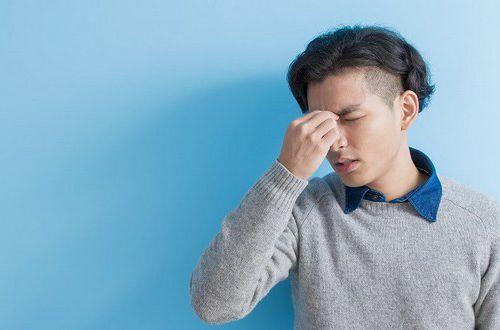 Головная боль: врачи объяснили, когда вызывать скорую