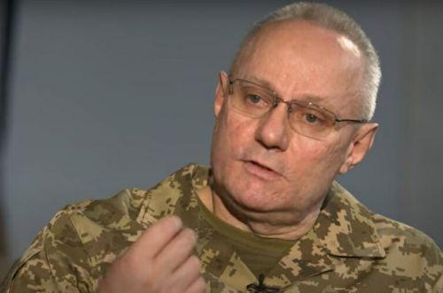 """Стало известно о новом эпизоде в """"войне"""" министра обороны с главкомом ВСУ"""