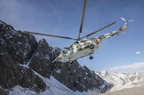 В Кыргызстане потерпел крушение вертолет со спецназом: есть пострадавшие