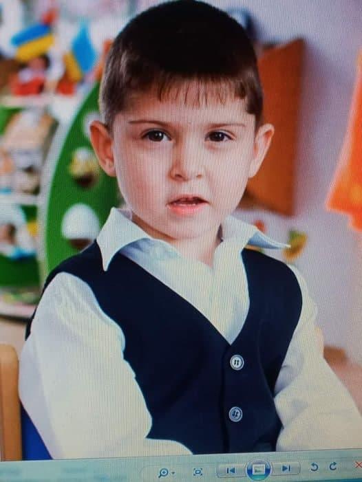 На Днепропетровщине пропавшего без вести мальчика нашли в канализационном коллекторе. ФОТО