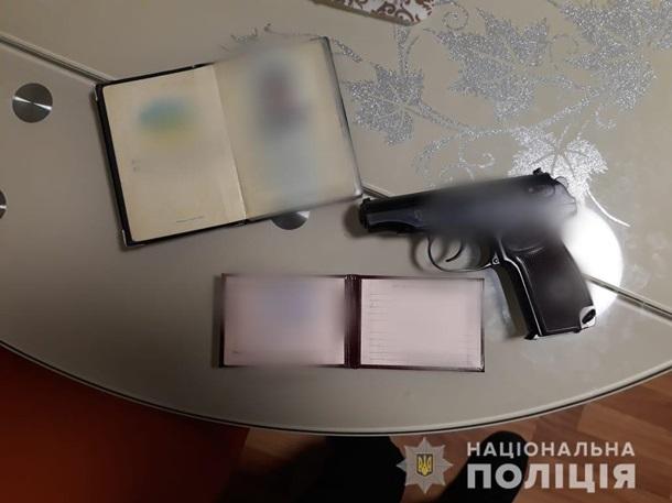 В Киевской области двое мужчин не поделили такси и устроили пьяную драку. ФОТО