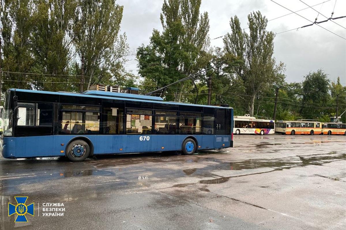 В Кривом Роге потеряли 7,3 млн грн на закупке транспорта
