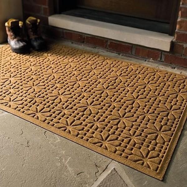 Дом начинается с коврика под дверью